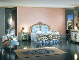 Мебельный гарнитур для спальни URANIA в стиле Людовика 16