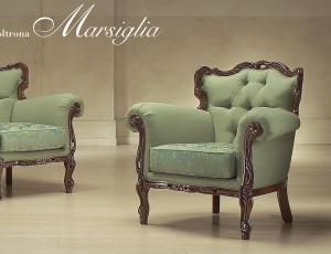 Кресло MARSIGLIA в ткани TAT70064 и TAT70061, тонировка 90001 NOCE C2